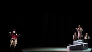 C'est la vie, Artivarti, regia di Matteo Destro, 2018, regia di Matteo Destro, con Max Bazzana, Stefano Rota, Martina Boldarin, Benoit Roland, da un'idea di Lara Tonello, scene a cura di Alberto Nonnato, costumi di Antonia Munaretti maschere di Matteo Destro, foto di scena Serena Pea