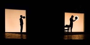 L'infinito, di Tiziano Scarpa, regia di Arturo Cirillo, 2014, Autore: Tiziano ScarpaTiziano Scarpa, Regia: Arturo Cirillo con Riccardo Maschi, Margherita Mannino, Andrea Tonin, foto di scena Serena Pea